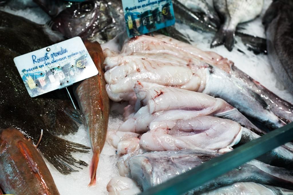 Marché-notre-dame-poissonnerie-au-ptit-pecheur-