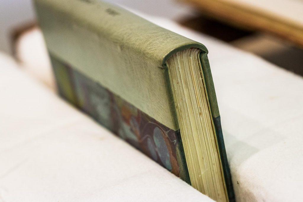 reliure-restauration-livres